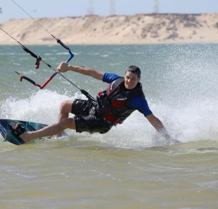 Kiting in the Sahara
