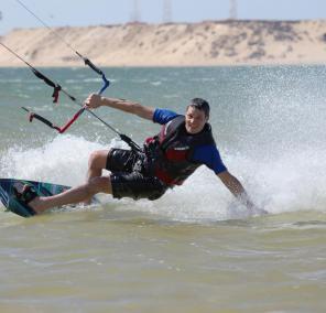 Kiting in the Sahara
